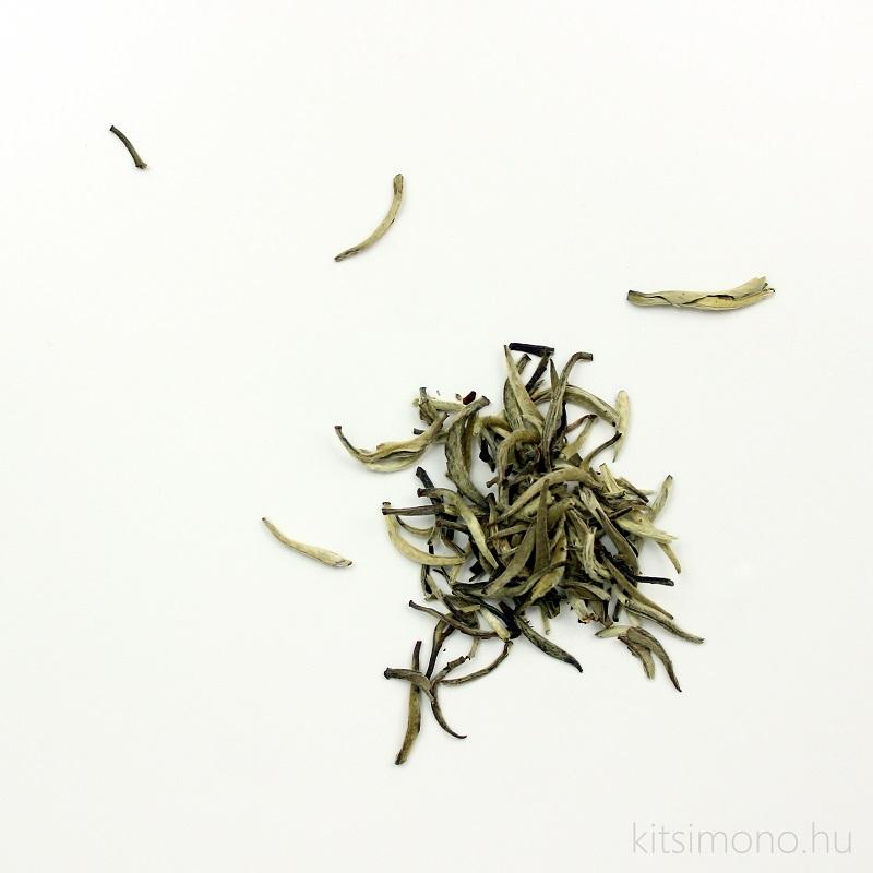 Yin zhen tea - Silver needles