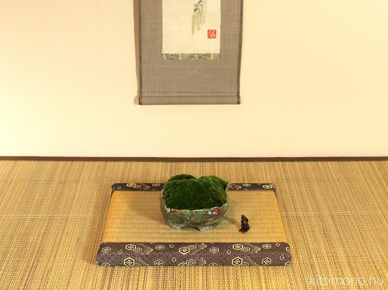 kitsimono moss kusamono and tenpai in tokonoma display (6)